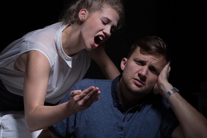 emotionally-abusive-wife.jpg