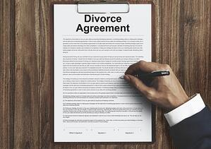 getting-a-divorce-and-learning-what-to-do.jpg