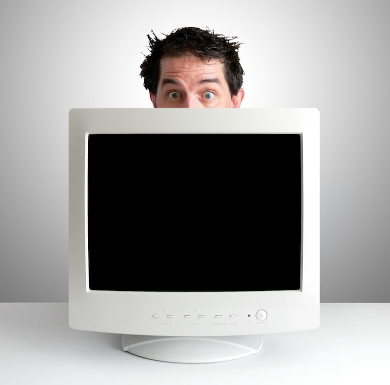 man-with-secret-porn-addiction.jpg