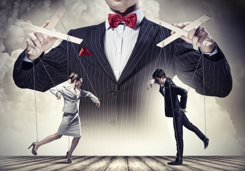 manipulation-in-a-relationship-can-be-abuse
