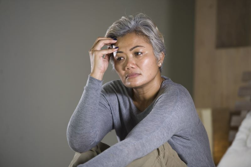 seeing-symptoms-of-midlife-crisis-in-females
